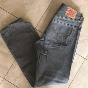 Like New Men's Levi Jeans 33*34